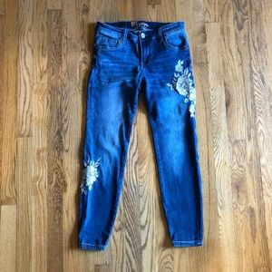 KUT Embroidered Skinny Ankle Jeans (2)